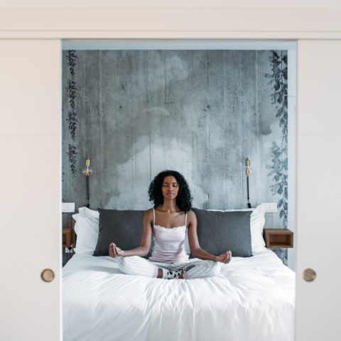 Bedtime Yoga (Good Poses For a 10-Minute Routine)